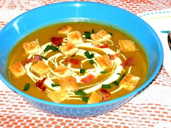 Pumpkin  Soup  With Bacon  &  Sour  Cream Recipe