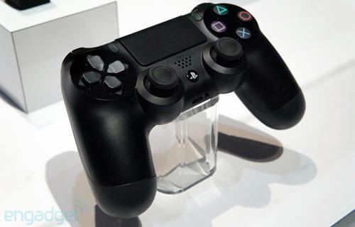 GDC 2013: Sony khóa tay cầm DualShock 4 trong tủ kính  1
