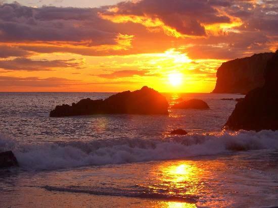 il-tramonto-sulla-spiaggia.jpg