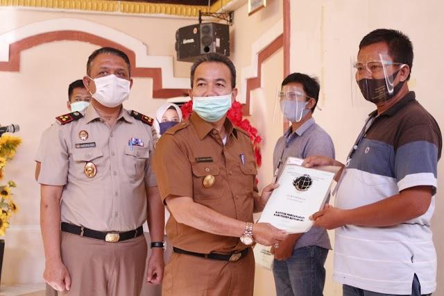 BPN Kotabaru Serahkan 4.344 Sertifikat