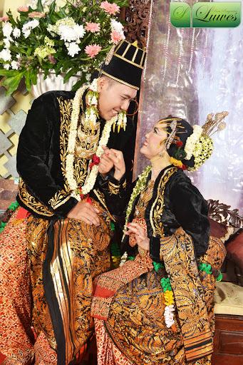 Foto Pengantin Dodot Jawa