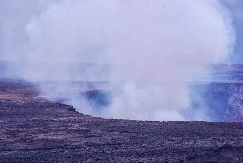 06-20-13 Hawaii Volcanoes National Park - IMGP5217.JPG