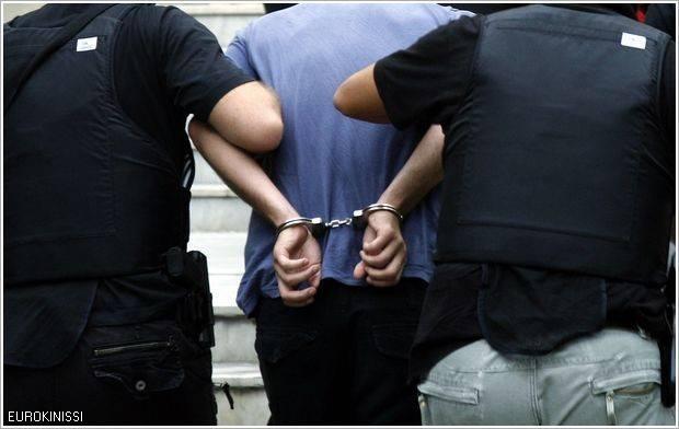 Συνελήφθη 64χρονος για προσβολή γενετήσιας αξιοπρέπειας, πρόκληση σκανδάλου με ακόλαστες πράξεις και αντίσταση