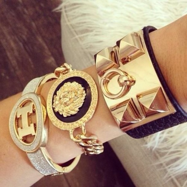 AMAZING AND BRIGHTLY JEWELRY FOR SOUTH AFRICAN LADIES TO BE MORE ATTRACTIVE 13