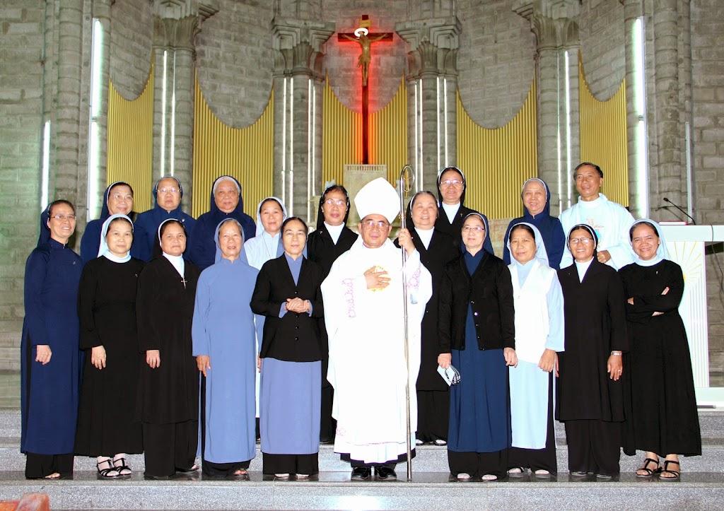 Liên Tu Sĩ Giáo phận Nha Trang cử hành ngày quốc tế đời sống thánh hiến