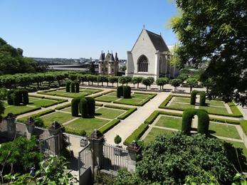2017.06.18-038 les jardins du château