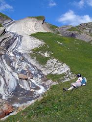 Vers le col des Fours ( Tour du Mont Blanc).