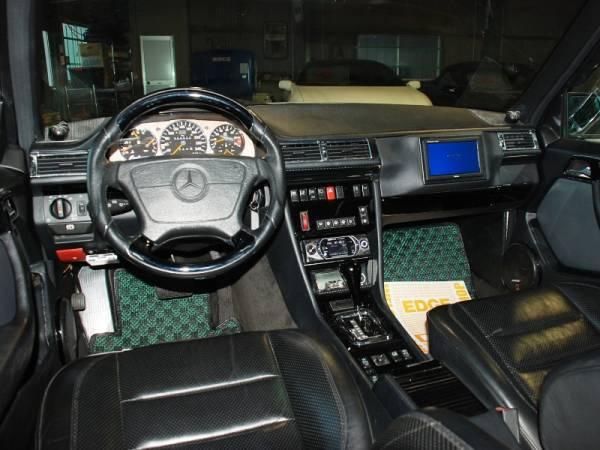 w124 e500 steering wheel