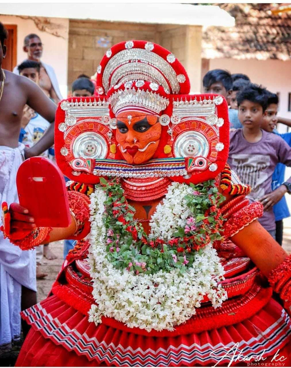 Vasoorimala Bhagavathi theyyam