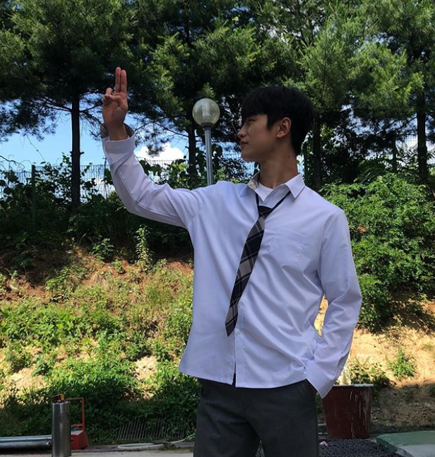 The Daily Visuals of This Rookie Actor Is Flipping the
