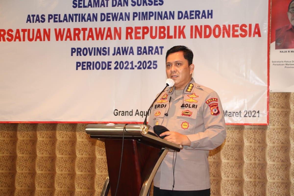 Kabid Humas Polda Jabar Hadiri Pelantikan Pengurus DPD PWRI Provinsi Jawa Barat
