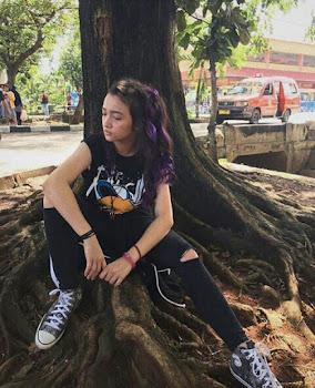 Fakta Biodata dan Foto  hot Cantik Seksi Artis Megan Domani Terbaru Lengkap