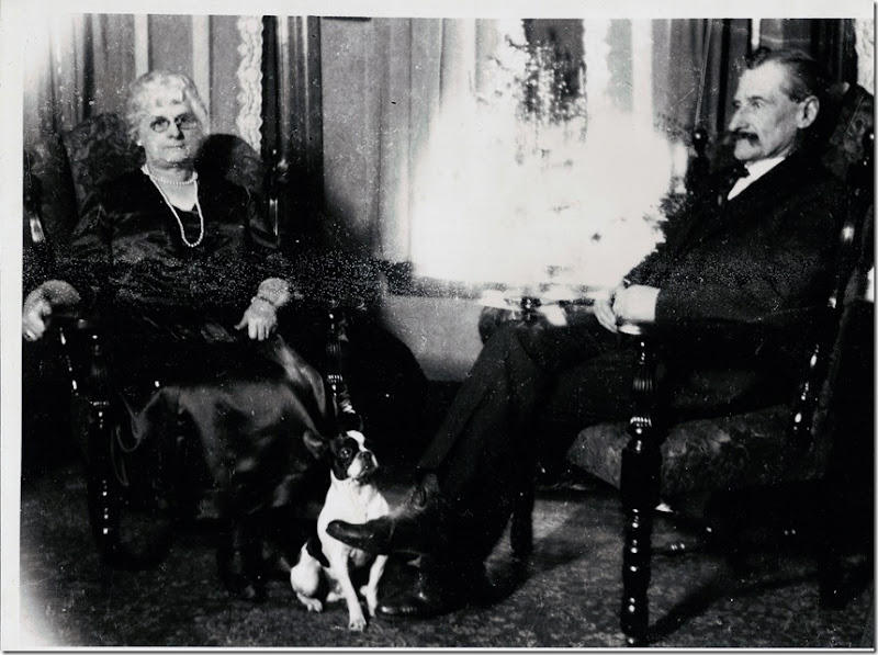 GOULD_William and his wife Mae Thorp and their dog