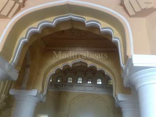 Thirumalai Nayakkar Palace -Arch with art work