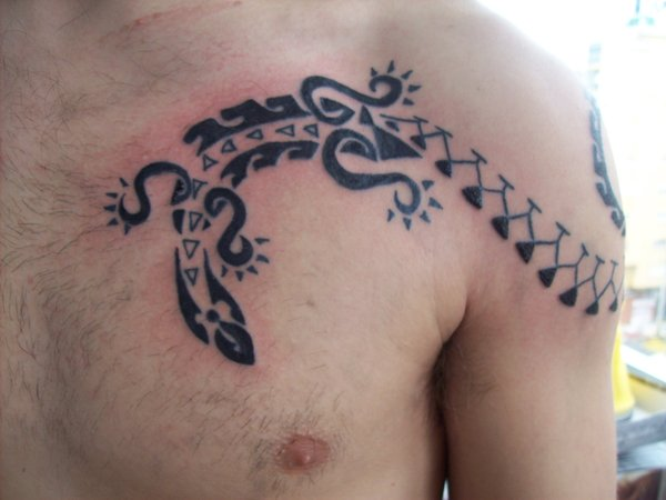 Tattoos Piercings Murales Craft Art Lagartija Maori De - Lagartija-maori