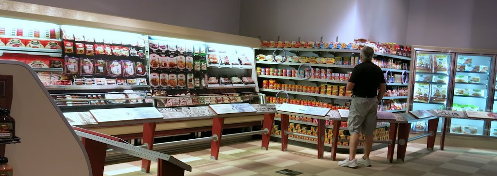 Spam Museum - Grocery Store Exhibit