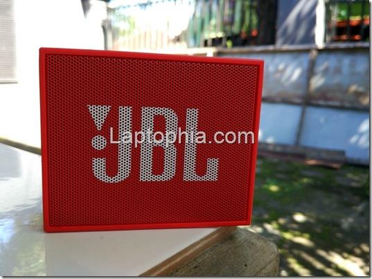 Unboxing JBL Go