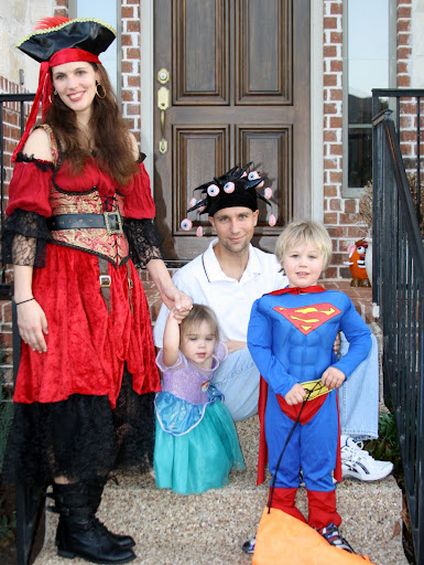 The House of Chaos family photo - Halloween 2011