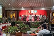 Danrem 052/Wkr Bersama Dandim 0506/Tgr Hadiri Rakor Penanganan Covid -19 Tangerang Raya