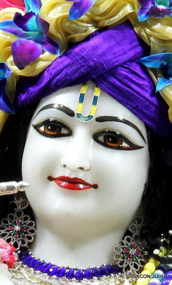 ISKCON Juhu Sringar Deity Darshan 17 Aug 2016 (12)