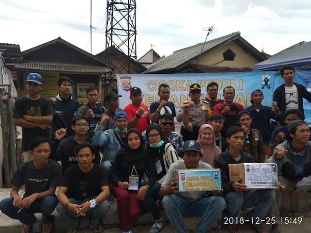 Kapolsek Cisoka Bersama Warga Galang Dana Untuk Bencana Tsunami Selat Sunda