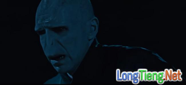 Cạn lời với chuyện tình của Người Đẹp và Quái Vật Hắc Ám Voldemort - Ảnh 3.