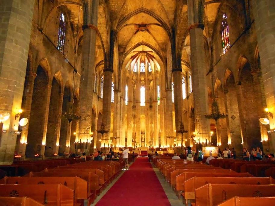 Interior de la Basílica de Santa María del Mar