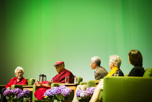 His Holiness with David Suzuki, Thubten Jinpa, Gov. John Kitzhaber and Andrea Durbin during the Dalai Lama Environmental Summit hosted by Maitripa College, Portland, Oregon, U.S., May 11, 2013. Photo by Leah Nash.