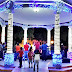 HOY ENCIENDEN EL PARQUE CENTRAL CON LUCES HERMOSAS:a las 8 de la noche