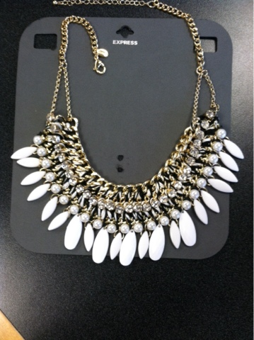 a6e0b3d0fe197 Thomasina's Words: Necklace of the Day -Express Choker Necklace ...