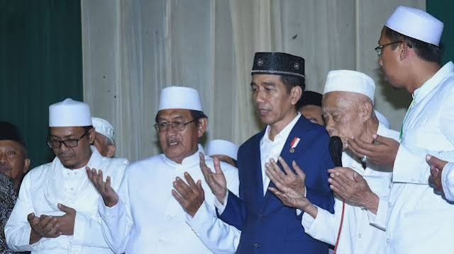 Jokowi Minta Satgas Covid-19 Ajak Tokoh Agama Ubah Perilaku Masyarakat.