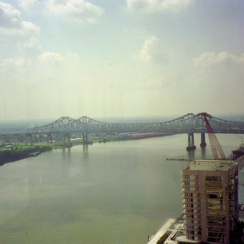 New_Orleans_10 Bridge.jpg