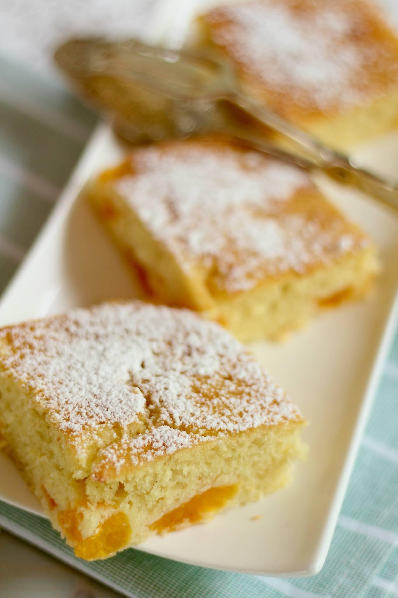 Super saftiger, einfacher Buttermilchkuchen mit Mandarinen in wenigen Minuten fertig! | Rezept und Video von Sugarprincess