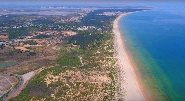 Praia do Cabeço