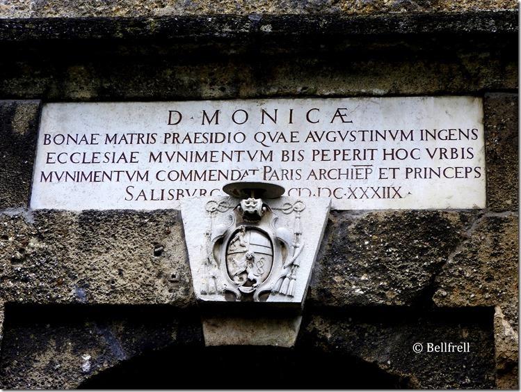 Inschrift Monika Pforte
