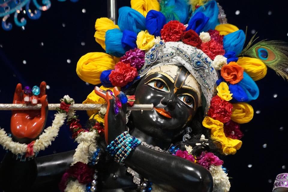 ISKCON Noida Deity Darshan 11 May 2016 (2)