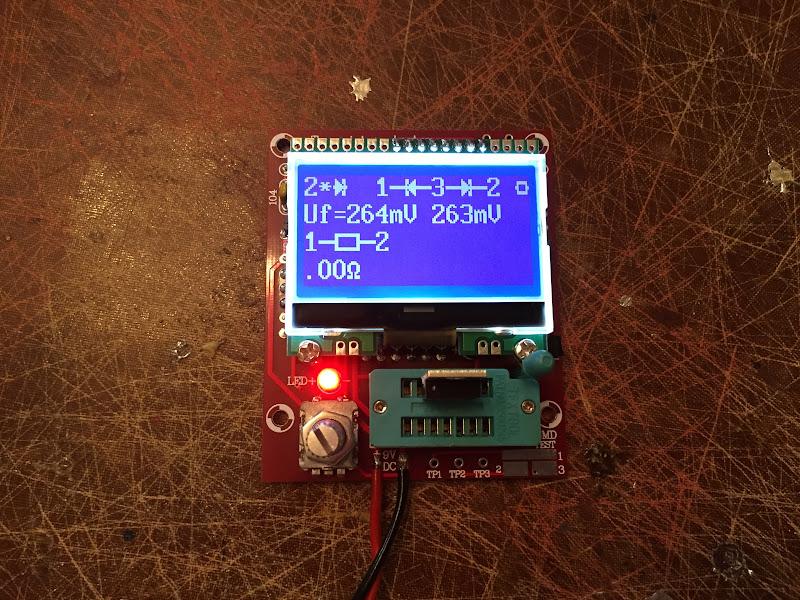 GearBest: Радиоконструктор - Транзистор тестер (M12864)