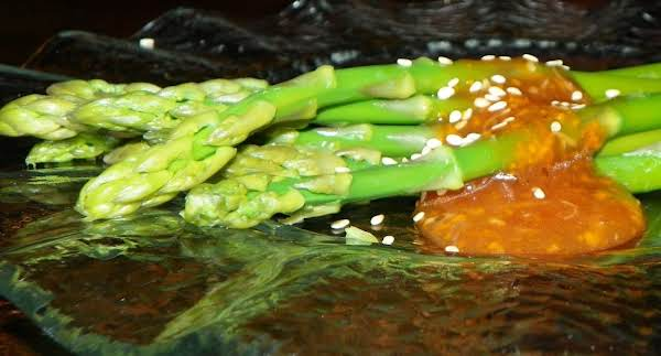 Asparagus With Gingered Sesame-orange Dressing Recipe