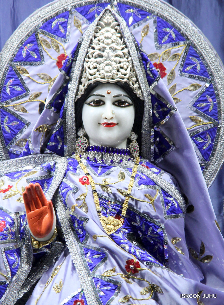 ISKCON Juhu Mangal Deity Darshan on 29th Sep 2016 (17)