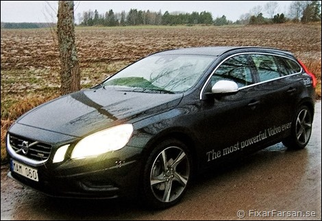Test-Volvo-V60-T6-AWD-Black-R