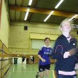 Tina Vanderstraeten en Lien geven zich volluit. An Van de Velde, Evelien Giebens en Jana Vanderstaeten volgen op enige afstand (meer info op http://users.telenet.be/zvcdekartoesjkens)