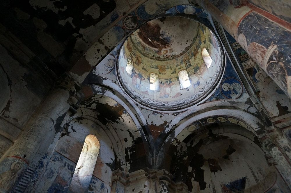 ani-ruined-churches-17