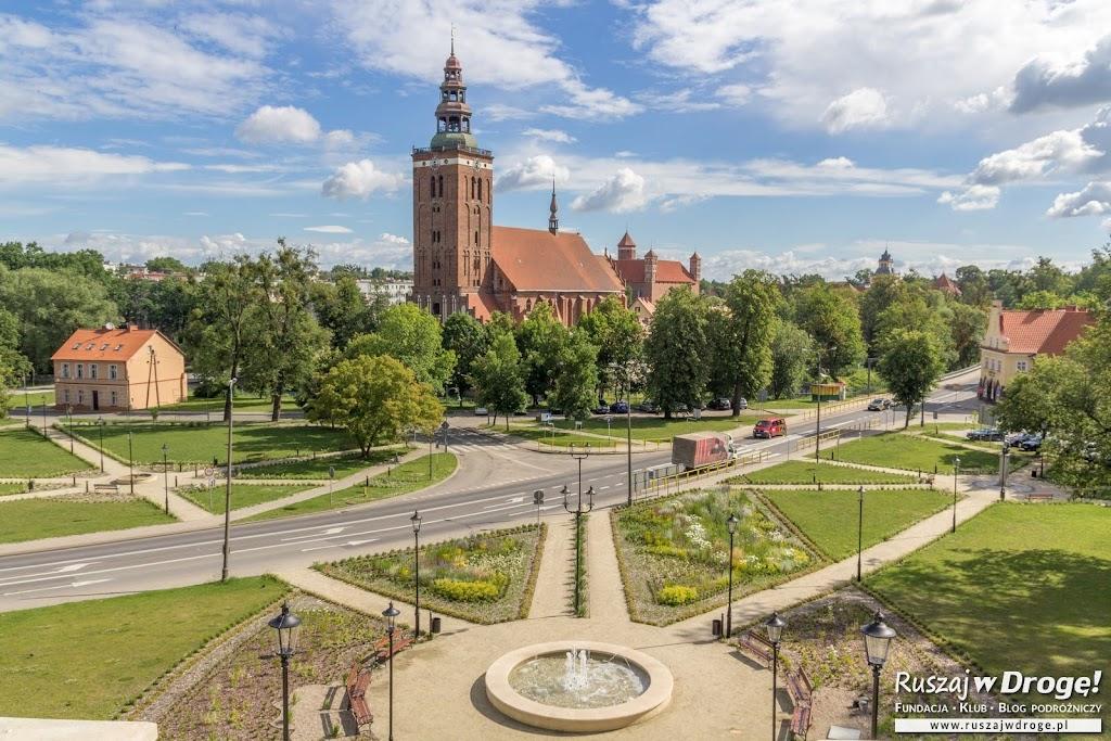 Czerwona Warmia - kościół w Lidzbarku Warmińskim i zamek