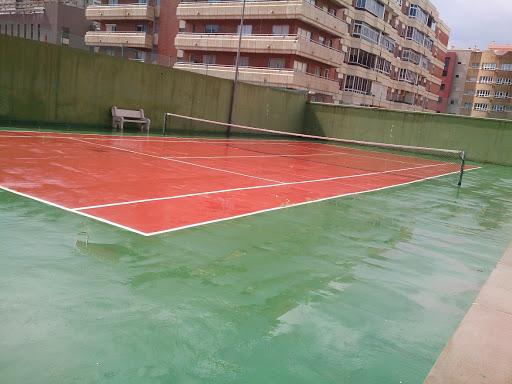Piso en venta con 300 m2, 5 dormitorios  en Distrito Vegueta, Cono Sur