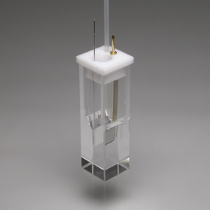 SEC-C 石英ガラス製光電気化学セル