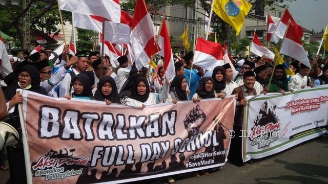 FDS Jangan Bikin Muhammadiyah-NU Bertengkar
