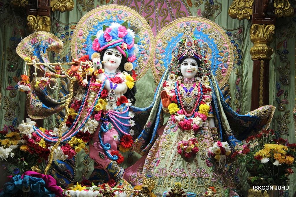 ISKCON Juhu Sringar Deity Darshan 10 Apr 16 (5)