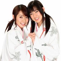 Bomb.TV 2007-01 Channel B - Tani Momoko & Inase Miki BombTV-xti018.jpg