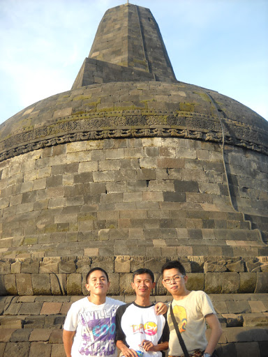 Borobudur : Herman, Me, Tonyo
