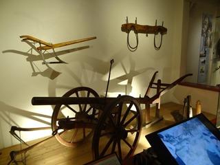2016.08.07-027 instruments de labour au musée de Normandie